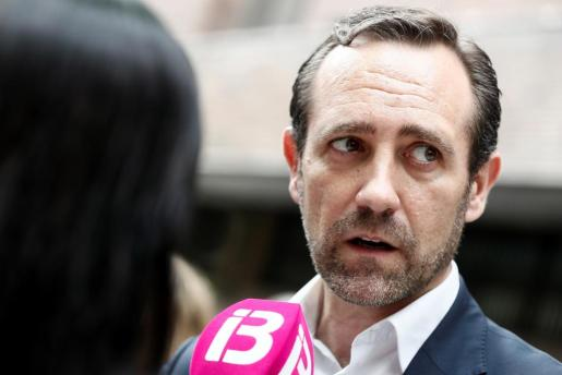 El expresidente del Gobierno balear José Ramón Bauzá, tras la reunión de la Junta Directiva Nacional del PP en la que se dará el pistoletazo de salida de la carrera sucesoria de Mariano Rajoy.