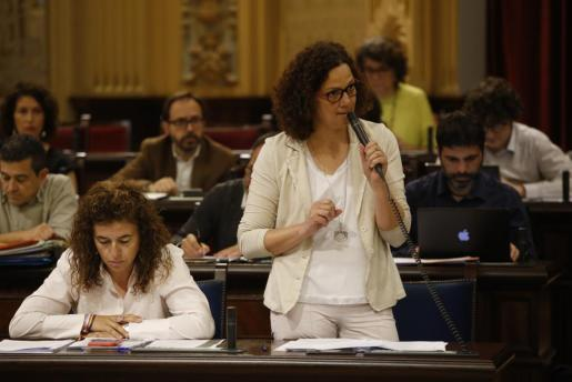 Catalina Cladera, en una imagen reciente en el Parlament balear.