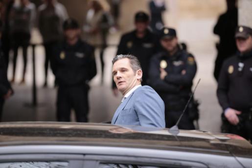 Iñaki Urdangarin, cuando acudió a la Audiencia de Palma para recoger la sentencia en febrero de 2017.