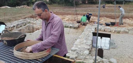 Como el año pasado, se ampliarán las excavaciones dos semanas, gracias a los dos cursos universitarios de introducción al mundo cristiano de los siglos IV-VIII.