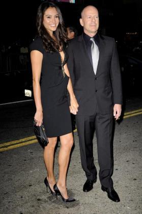 El actor estadounidense Bruce Willis y su mujer Emma Heming.