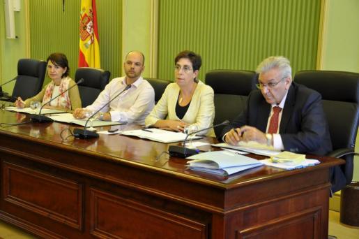 Imagen de la Comisión de Economía del Parlament balear celebrada esta mañana.