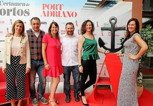 Cristina García, Pablo Valera, Isabel Teruel, Carlos Hellín, Sandra Vigil y Mónica Cifre.