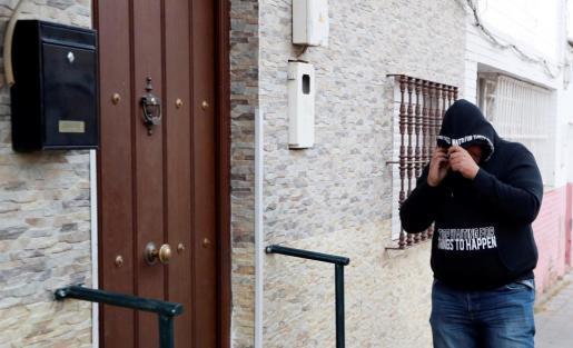 Vivienda del barrio sevillano de Amate donde reside José Ángel Prenda, uno de los cinco integrantes de 'La Manada'.