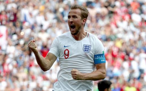 Kane celebra uno de los dos goles que ha anotado ante Panamá.