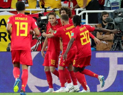 Los jugadores de Bélgica celebran su gol ante Inglaterra.