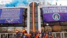 La Policía desaloja el inmueble 'okupado' por los ultras de Hogar Social Madrid