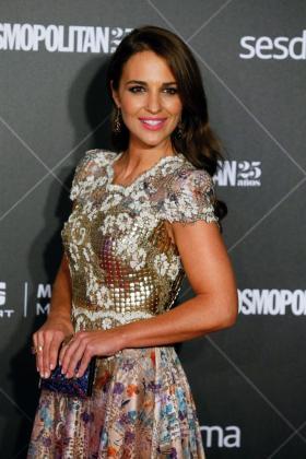 La actriz Paula Echevarría posa a su llegada a la entrega de los VIII Premios Cosmopolitan Fun Fearless Female.