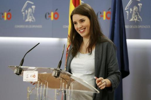 Fuentes del partido de Pablo Iglesias han afirmado que la madre se encuentra bien y los dos bebés están en observación.