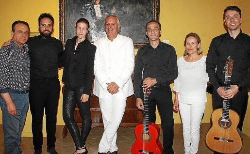 Diego Tocino, Kiko Carmona, Arlet Torres, Biel Durán, José Cortés, Malén Pons y Jorge Espejo.