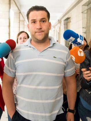 José Ángel Prenda, uno de los cinco integrantes de 'La Manada', a su llegada a los juzgados.