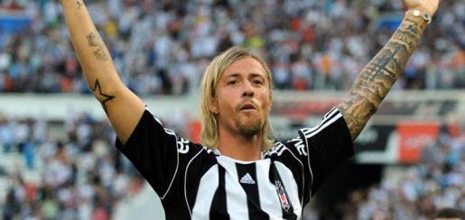 El exjugador blanco ya defendió los colores del equipo turco como futbolista.