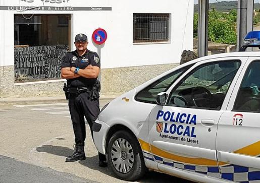 El jefe de la Policía Local de Lloret en el lugar donde el lunes se produjo la agresión.