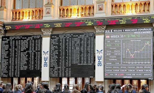 Se puede invertir en acciones, bonos u otros activos financieros.