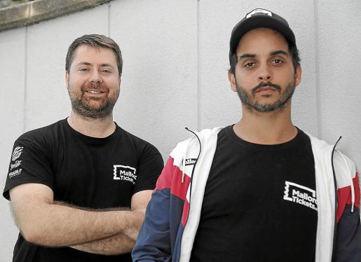 Julio González y Marc Morueco, posando para esta entrevista.