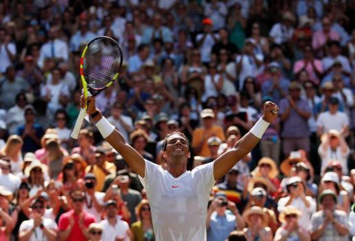 Con este triunfo, además, se garantiza la posesión del número uno una vez terminado el certamen londinense, haga lo que haga su principal rival, el suizo Roger Federer.