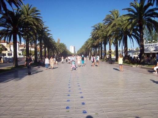 Imagen del Paseeig Jaume I en Salou, localidad en la que sucedieron los hechos.