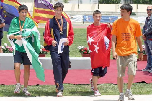 David Bustos, en su primera temporada en la categoría promesa, se codea con la élite absoluta después de haber logrado casi todos los éxitos posibles en su periplo como júnior, incluido el título europeo júnior.
