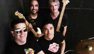 Cara B ofrece un concierto en La Movida
