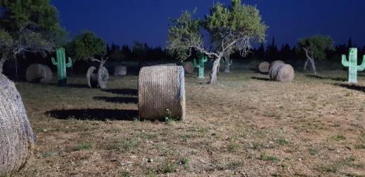 Mallorca Paintball cuenta con instalaciones iluminadas para poder disfrutar de este centro de ocio durante las noches de verano.