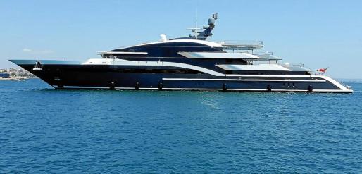Dar es el megayate más moderno del mundo, anclado desde el pasado miércoles en el puerto de Palma.