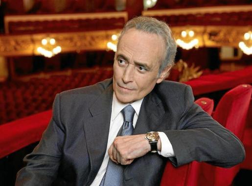 Josep Carreras, el tenor catalán que lleva casi medio siglo sobre los escenarios.