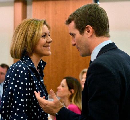 La secretaria general del PP ha mostrado su apoyo a Casado para conseguir un partido «fuerte y unido» que esté preparado para luchar por España y los españoles.