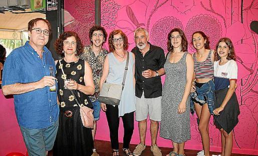 Virgili Páez, Teresa Forteza, Pau Riera, Margalida Forteza, Pep Riera, Micaela Albertí, Rita Cots y Claudia Cots.