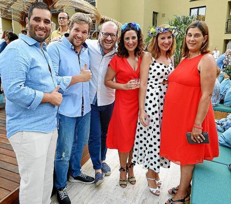 Sergio Moreira, director del hotel; Pedro Alomar, Rubén Mesquida, Ana Díaz, Laura Díaz y Filipa Henriques.