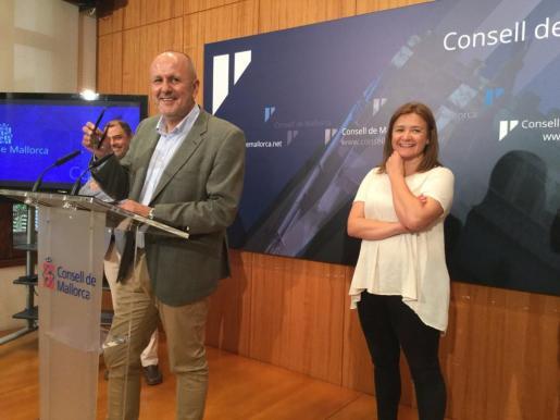 El presidente del Consell, Miquel Ensenyat, ha presentado el documento del Plan d'intervenció d'àmbits turístics de l'illa de Mallorca.