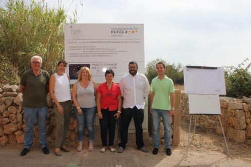 Autoridades durante la presentación de la finalización de las obras.
