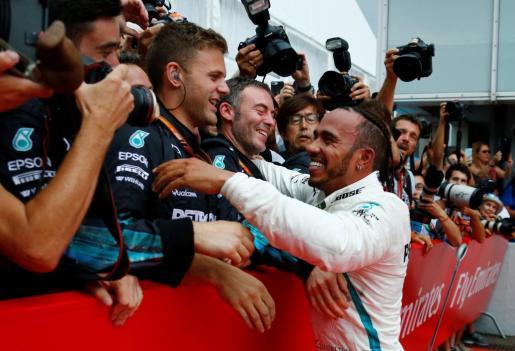 Lewis Hamilton ha remontado desde la posición número catorce.