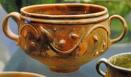 Cerámica procedente de Pol·lèntia y que del barón de Aldenham pasó al British Museum.
