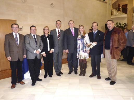 Joan Rotger, Juan Cabrera, Juani Ansorregui, José Ramon Bauzá, José María Rodríguez, María José Frau, Eduardo Gamero y Bartolomé Servera.