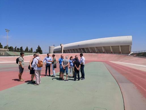 Las obras de reforma del velódromo de Son Moix y de la pista de atletismo del Polideportivo de Son Moix tiene un presupuesto de 332.319 euros.