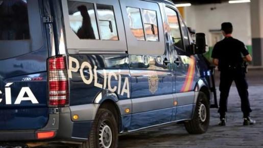 Imagen del furgón de la Policía Nacional de Málaga.