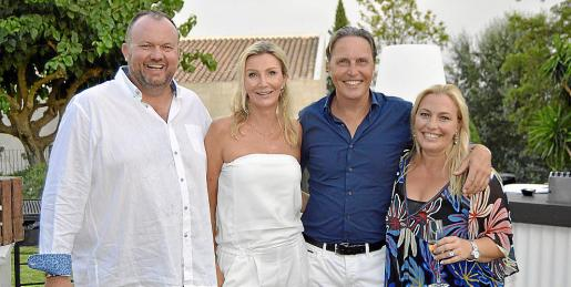 Joan Seguí, Justyna Ellens, Henk Ellens y Cati Pol.