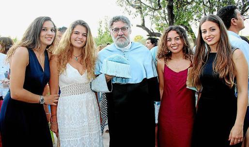 Zaida Canals, Noelia Medina, Josep Lluís Oliver, Marina Pinter y Magdalena Frau.