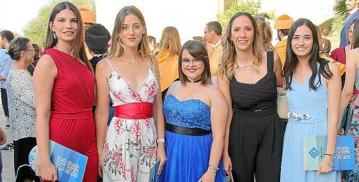 Coloma Ramírez, Michelle Gutier, Adela Herrero, Elena Delgado y Lidia Barceló.