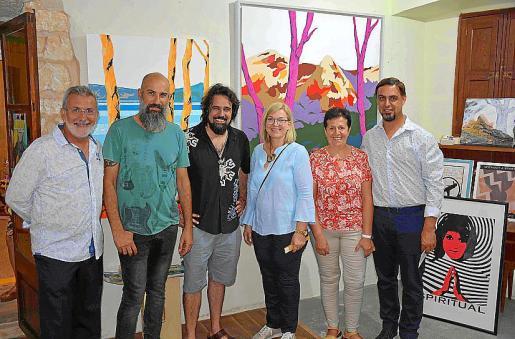 Damià Rigo, Gaspar Noguera, Llorenç Garrit, Ricarda Vicens, Maria Pons y Mateu Nadal.