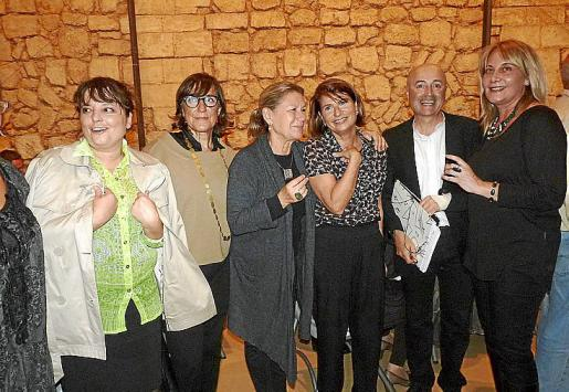 Ana María Mayo, Montse Ayuso, Tita Rotger, Amelia Forteza, Carles Ponseti y Águeda Ropero.