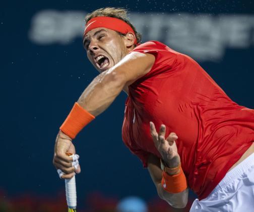 Rafael Nadal, en acción ante Stan Wawrinka.