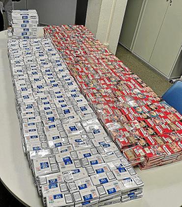 Las cerca de 2.500 cajetillas de tabaco incautadas.
