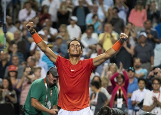 Nadal se hizo con la victoria al conseguir recomponerse después de ser superado con claridad por su rival en el primer set,