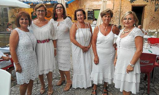 Fina García, Concepción García, Belén Vilchez, Conchi Luque, Atonia Lupiáñez y Conchi Pérez.