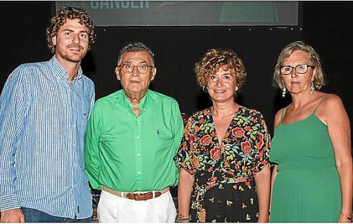 Sebastià Sagreras, Javier Cortés, Francisca Moria y Aina Mercadal.