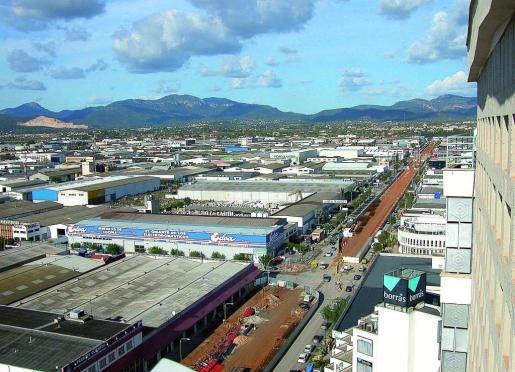 Vista panorámica del polígono de Son Castelló desde el edificio Asima.