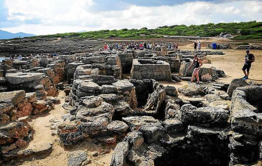 Vista general del yacimiento arqueológico de Son Real.