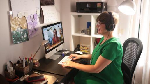 La terapia a distancia es utilizada por muchos españoles que viven en el extranjero. La confianza de hablar en el idioma propio es una de las cosas por la que la escogen.