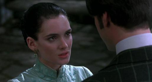 Winona Ryder y Keanu Reeves en una escena de 'Drácula'.